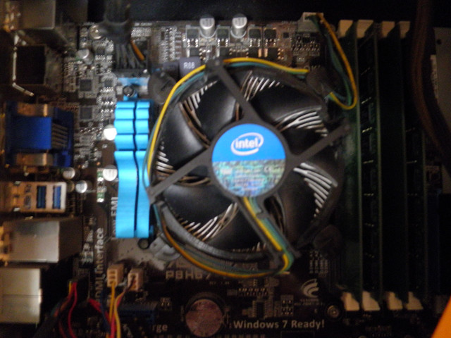 CPUグリス塗る51